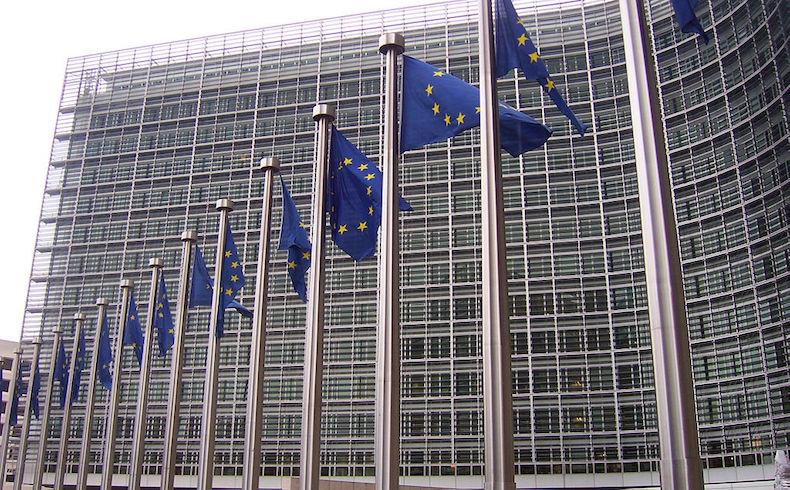 Primer día de cumbre de Unión Europea se concentra en economía y crecimiento
