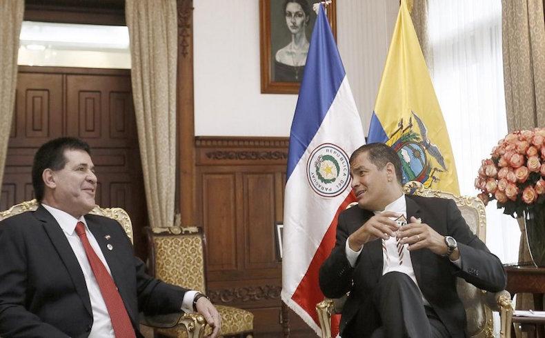 Horacio Cartes con Rafael Correa