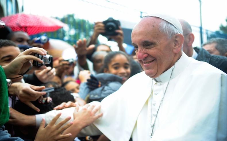 """Ante la persecución de los cristianos, el Papa Francisco pide al mundo """"no mirar a otro lado"""""""
