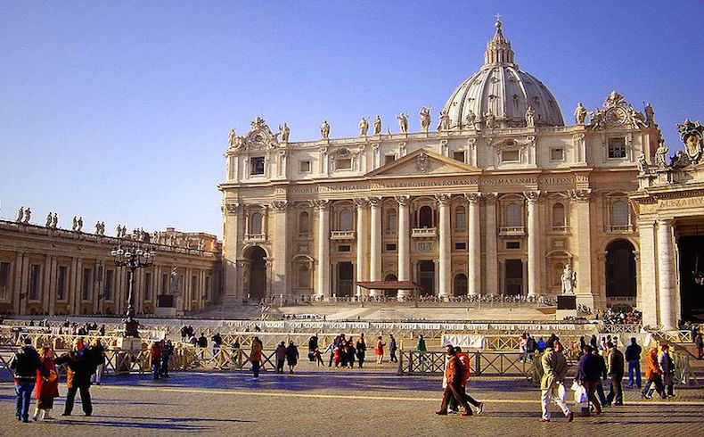 ¿Sería conveniente un Foro Permanente Mundial de las religiones, V?