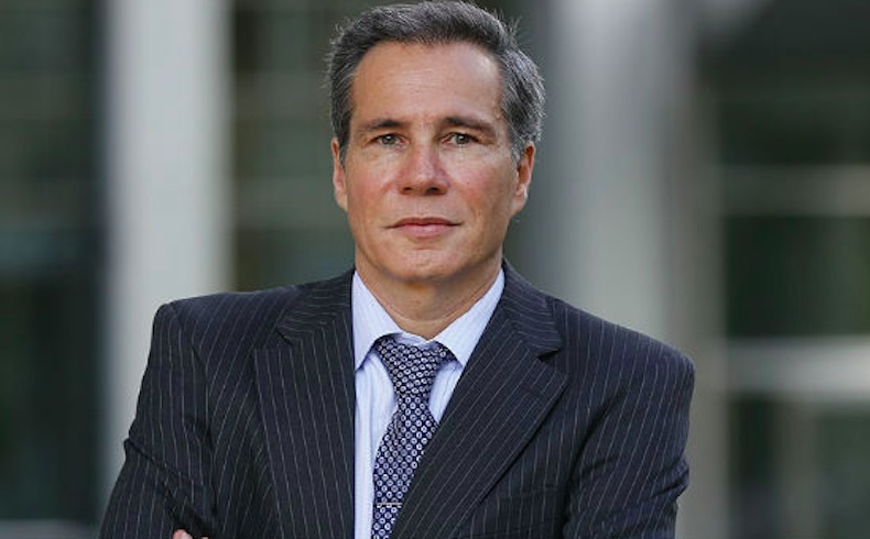 Para 70% de argentinos el fiscal Nisman fue asesinado y para 82% sus denuncias 'creíbles'