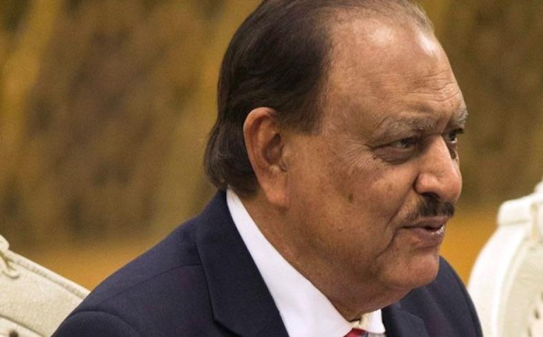 El presidente de Paquistán promulga leyes antiterroristas luego de que las aprobara el parlamento
