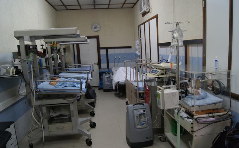 Monkole quiere liderar una nueva forma de hacer medicina en África