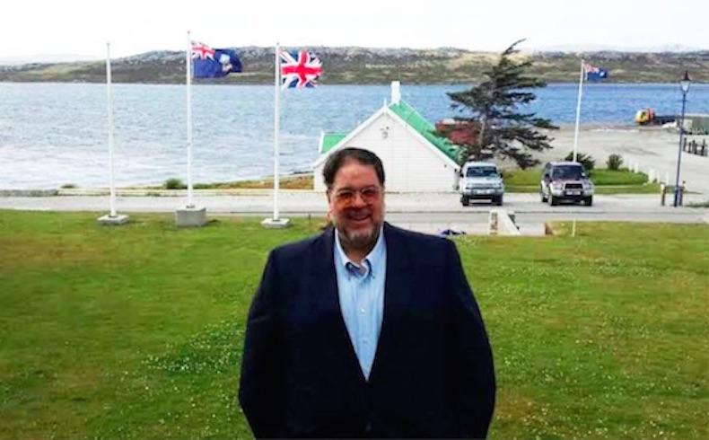 Falklands o Malvinas: Dependiendo del acento
