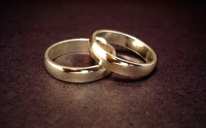 El matrimonio entre un hombre y una mujer es de derecho natural