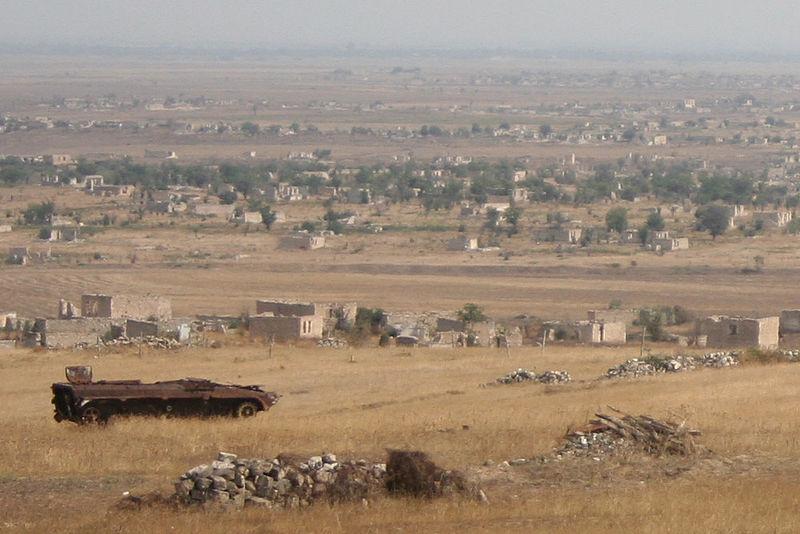 El mundo reaccionó a la situación tensa en la línea de Azerbaiyán-Armenia