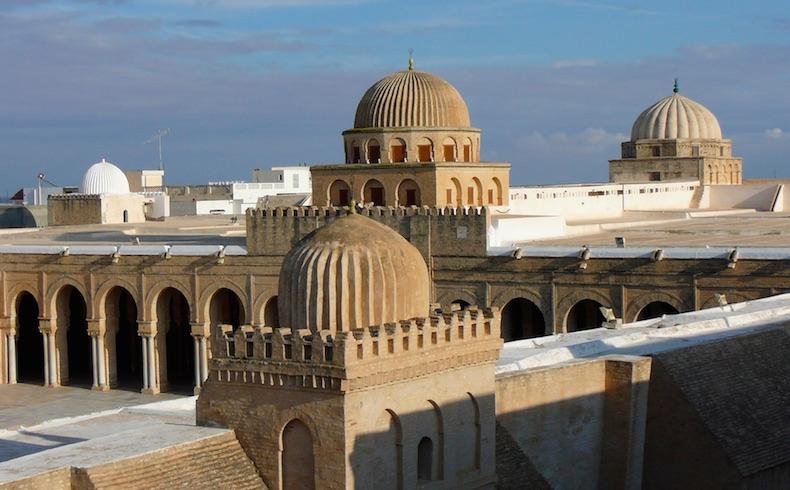 Ataque a museo en Túnez deja 19 muertos
