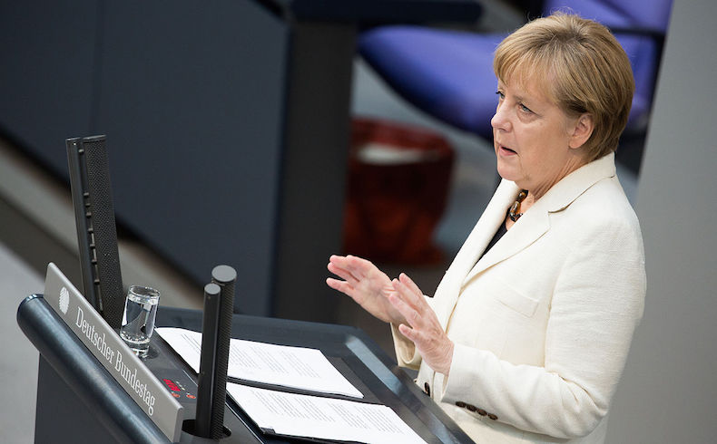 """Merkel: """"Es importante que un Estado de derecho empuje a los golpistas"""""""