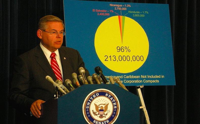 Un senador estadounidense de alto rango del partido Demócrata se declaró inocente ante cargos de corrupción