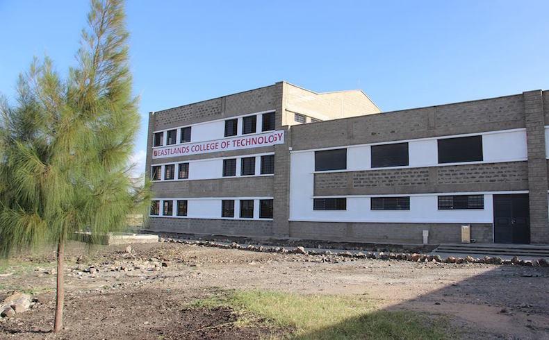 Centro de formación profesional para 800 jóvenes de un suburbio de Nairobi