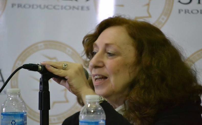 Susana Szwarc: sus respuestas y poemas