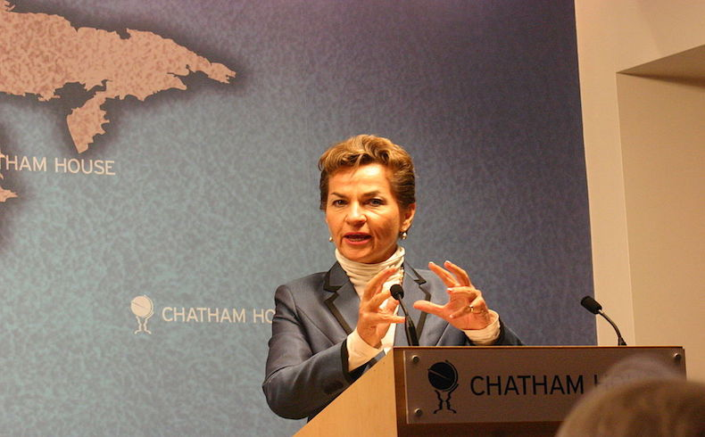 Christiana Figueres; debemos hacer todo lo posible para despoblar el planeta