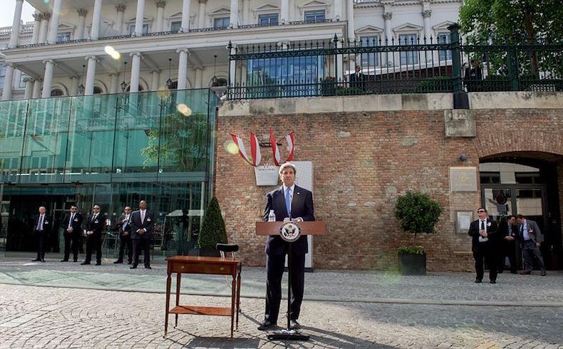 Cuba y EE.UU. restablecen relaciones y abren embajadas en respectivas capitales