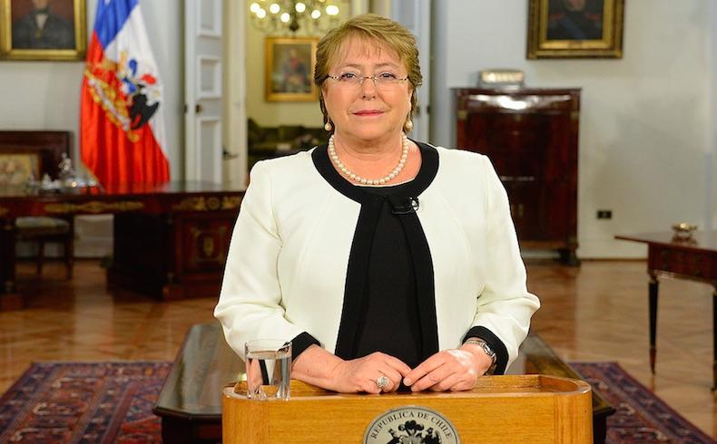 """""""Realismo sin renuncia"""" anuncia Bachelet: la recuperación económica será lenta"""