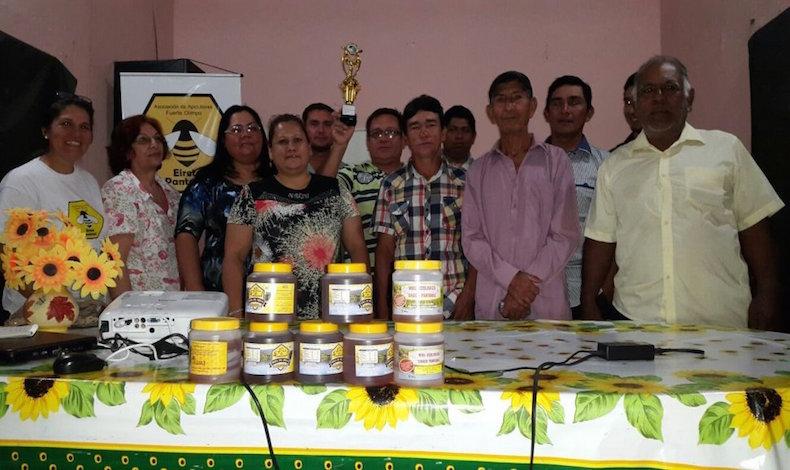 Paraguay: Productores de miel de abeja se reunieron en congreso