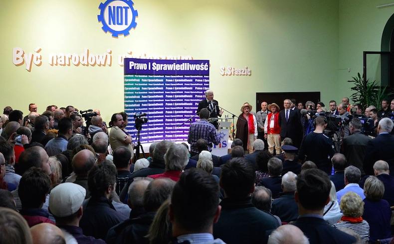 Partido polaco Ley y Justicia gana elección parlamentaria