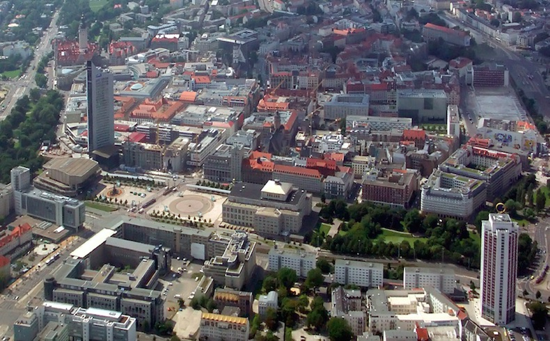 Ciudadanos alemanes protestan contra movimiento anti-islámico en Leipzig