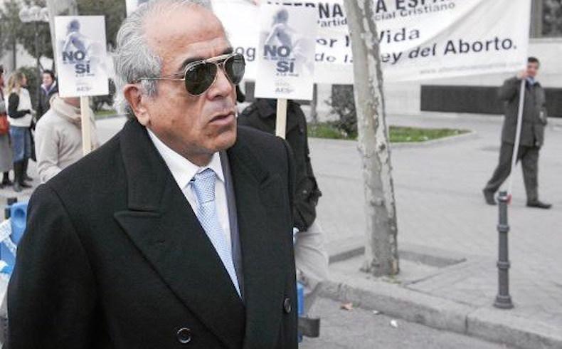 El doctor Carlos Morín, otra vez demandado por practicar abortos ilegales en sus chiringuitos de Barcelona
