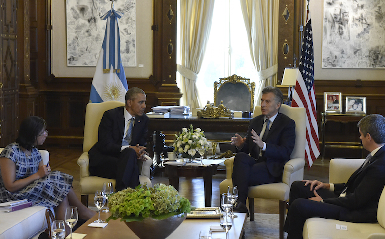Macri y Obama sellan compromiso de diálogo, buena fé y confianza en cena oficial