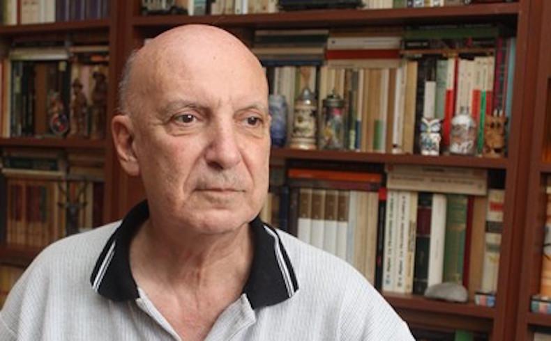 Carlos Enrique Berbeglia: sus respuestas y poemas