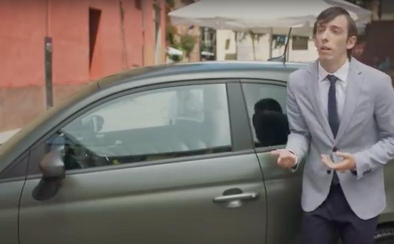 Retirada la campaña del modelo Fiat 500 por sexismo