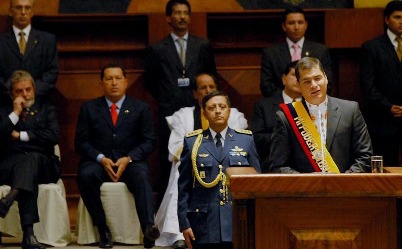 Tomando Tereré mientras la economía ecuatoriana está en plena crisis