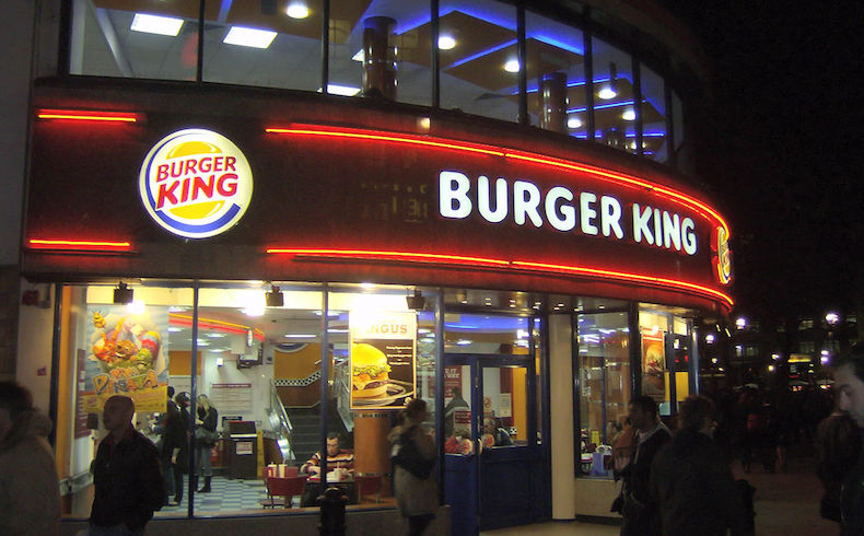 Burger King quiere erradicar la lacra del analfabetismo en el mundo