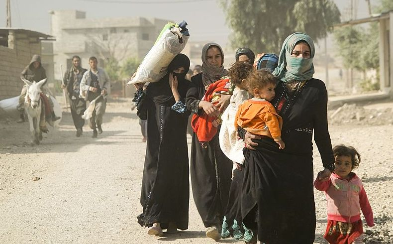 Familia desplazada de Mosul denuncia tortura