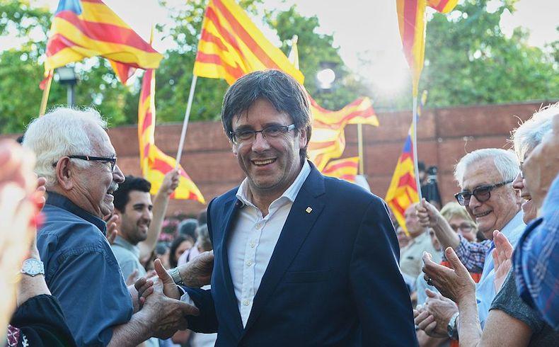 Puigdemont declaró la independencia