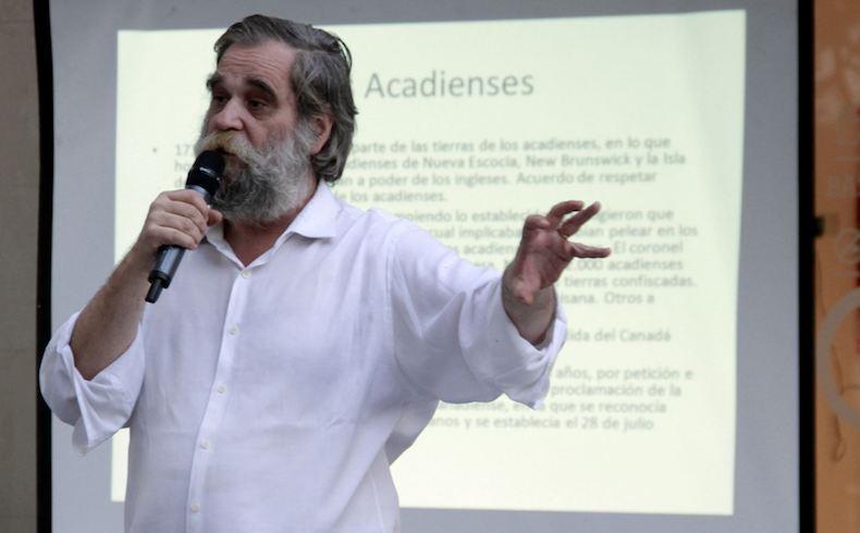 Marcelo Vernet: sus respuestas y poemas