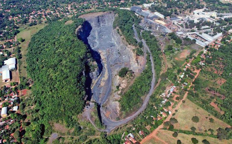 Paraguay: Cerro Ñemby, de Cantera a Patrimonio Ambiental  Jurídico y Turístico