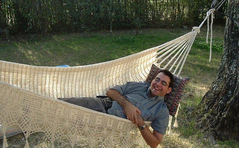 Carlos Juárez Aldazábal: sus respuestas y poemas