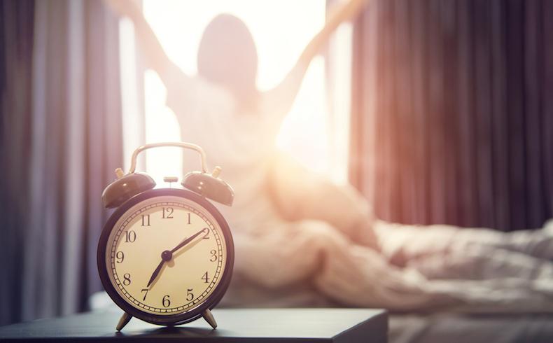 Cambio de hora: más bajas, menos productividad y un humor de perros
