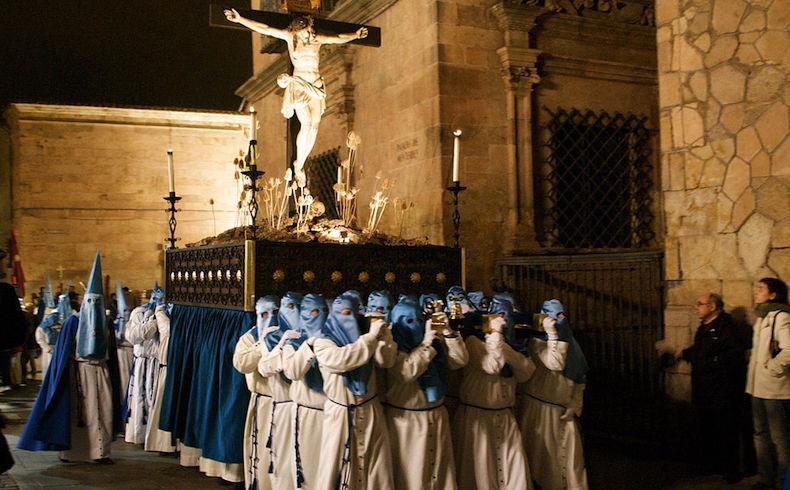 ¿Qué es la semana santa, qué debe ser, qué representa para los ciudadanos?