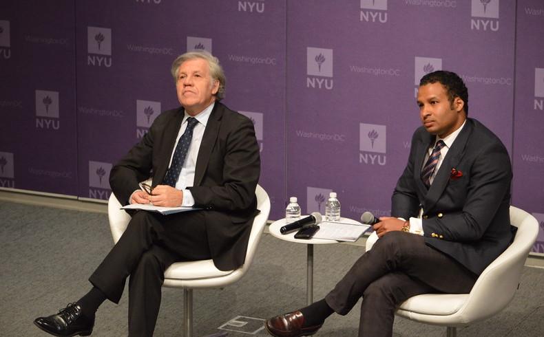 Dominicano Geovanny Vicente Romero sostiene dialogo con Luis Almagro de la OEA en NYU