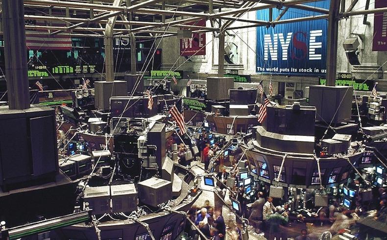 Mercados mundiales se desplomaron el martes por el conflicto China/EE.UU.