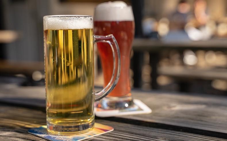 Cerveza, rebujito y jamón: protagonistas de la Feria de Abril