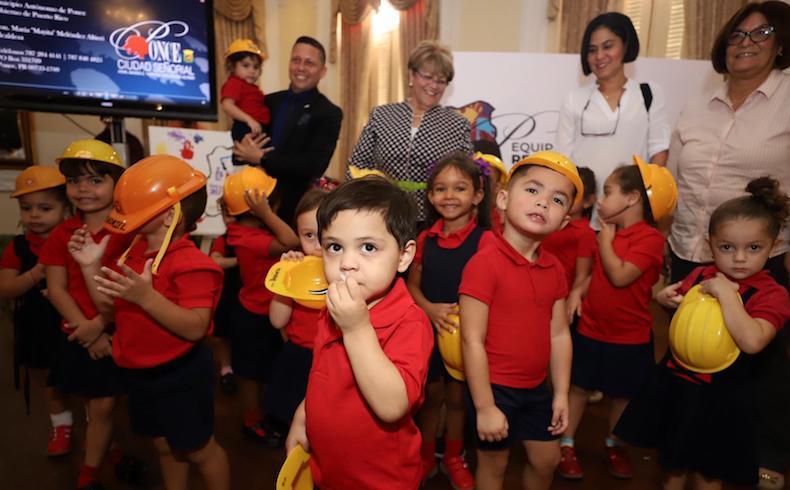 Niños HeadStart Centro Amalia Marin