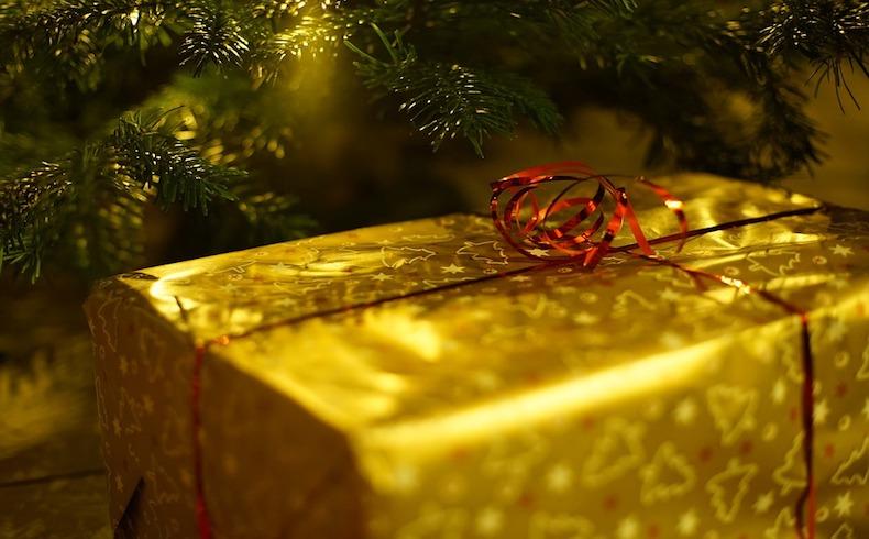 ¿Cuánto tardaría Santa en repartir los regalos en coche? Según Acierto, más de 700 años