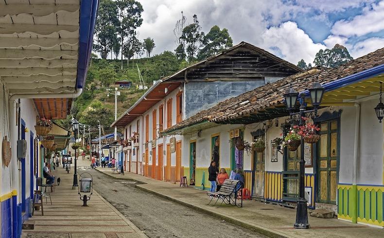 La locura de la revolución molecular disipada en Colombia
