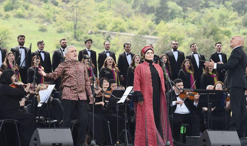 """El regreso de """" Xarıbülbül """" y los mensajes enviados desde Shusha al mundo"""