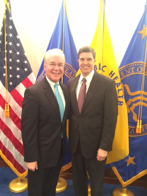 Health and Human Services Secretary Tom Price met this week in Washington with Foundation President Kelly McCutchen and several state think tank leaders to discuss health care reforms.