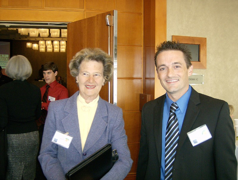 Sandy Springs Mayor Eva Galambos joined Leonard Gilroy of the Reason Foundation at the first Georgia Legislative Policy Forum for a panel discussion on privatization of government services.