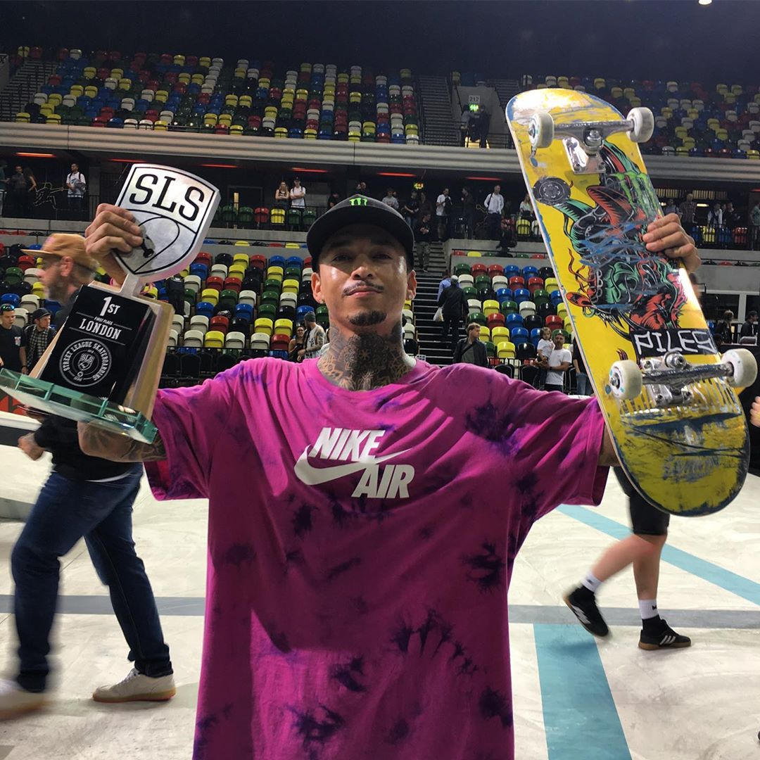 Nyjah Huston with 2019 SLS London 1st place Trophy
