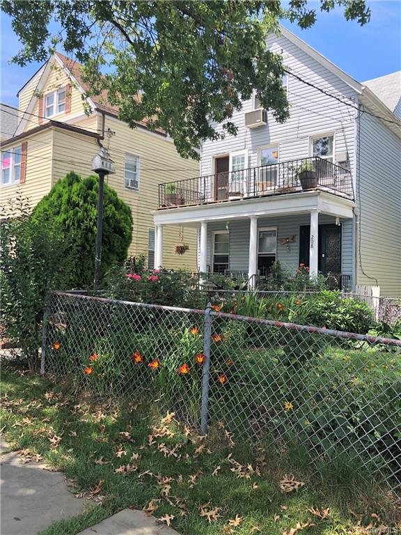 2 Family.  First floor, entry hall, 1 bedroom Living room and kitchen. Second floor apt.  2nd has a 3 BR apt.  Don't wait.  This one will sell fast.