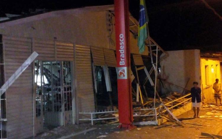 agencia-bancaria-explodida-em-itagimirim-achei-sudoeste