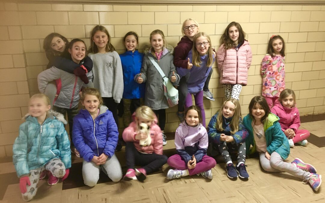 WTN Girls C.A.N. Give Back: Marblehead Food Pantry collection