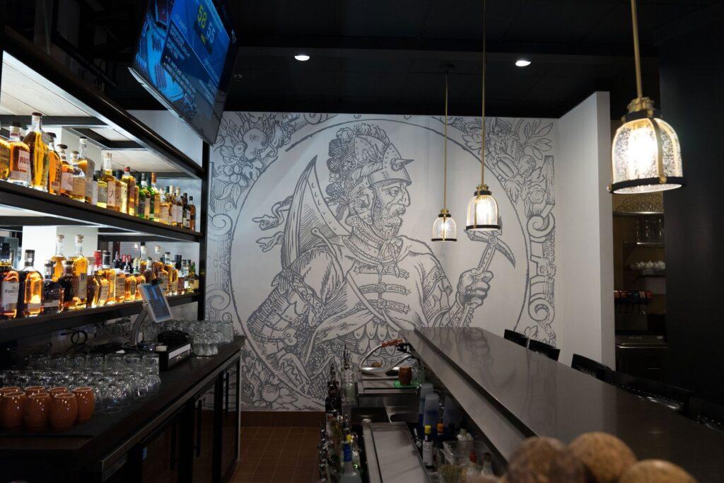 Grand Dukes restaurant - spraypaint - Yolocone - 01