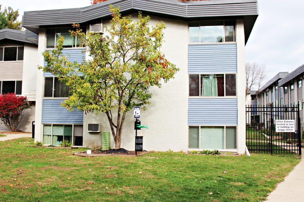 Element on Main Apartments in Urbana