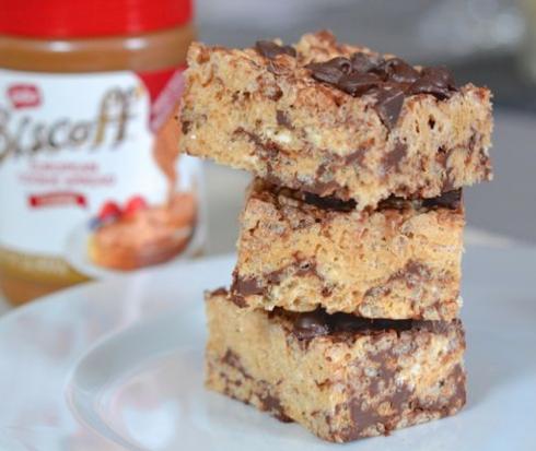 Biscoff Chocolate Chip Rice Krispie Treats